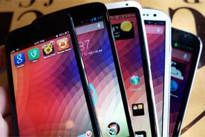 صفحه نمایش گوشی موبایل و مشخصات آن