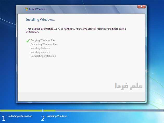 نصب ویندوز ۷ - مرحله 7 - ویندوز در حال کپی کردن فایل ها