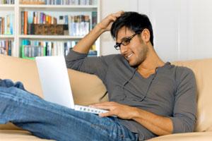 گذاشتن لپ تاپ روی پا خطرناک است ؟