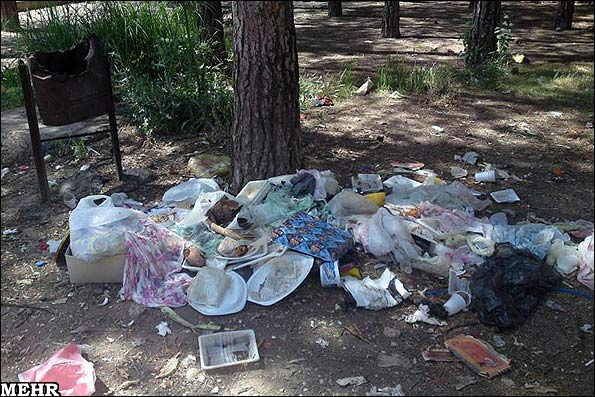 آلوده شدن طبیعت در روز سیزده به در