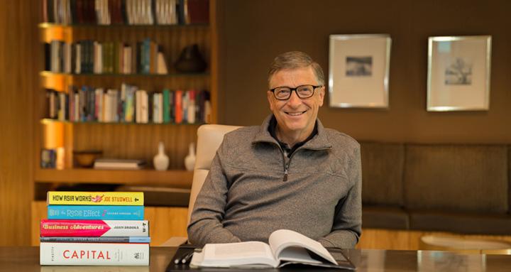 بیل گیتس : من زمانی زیادی رو برای مطالعه صرف کردم.